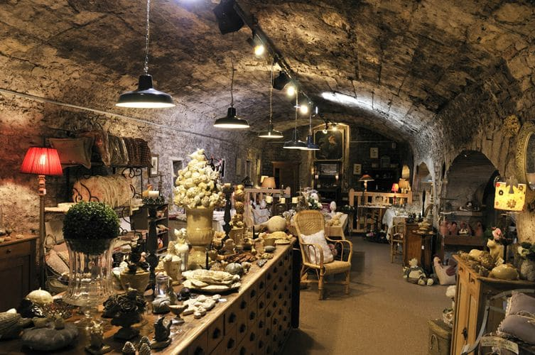 cave-stockage-affaires-airbnb