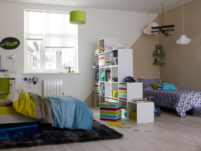 meuble s paration chambre enfant blog knoxbox. Black Bedroom Furniture Sets. Home Design Ideas